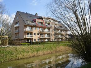 """Appartement gelegen in residentie """"Riverside"""" met oa 2 terrassen, autostaanplaats en 2 slaapkamers. Uiterst rustige ligging op einde van doodlopende s"""