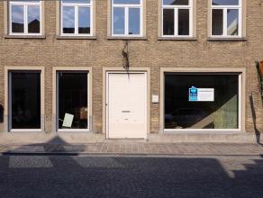 Volledig gerenoveerd kantoorruimte in het centrum van Brugge, nabij de Katelijnebrug.  Bestemming: kantoor/handel(uitgesloten: café en nachtw