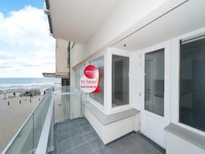 Zeer klassevol gerenoveerd appartement met 2 slaapkamers gelegen in het centrum van Oostende met uniek zijdelings zeezicht. Het appartement beschikt o