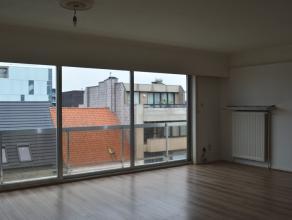 Gezellig appartement te huur in het hartje van de stad Roeselare!<br /> <br /> Het appartement omvat:<br /> ruime inkom  - apart toilet met lavabo - b