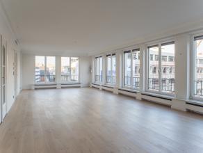 Dit appartement heeft werkelijk alles in huis: veel lichtinval, grote ruimtes, luxueuze afwerking (o.a. sauna, dressing, airco, zonnewering), ... met
