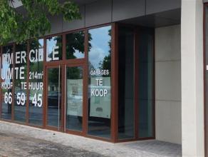 """Casco kantoor- of polyvalente ruimte van ca. 220m²  in aantrekkelijk nieuwbouwproject """"De Kaai"""" op centrale ligging!   Goede zichtbaarheid en vee"""