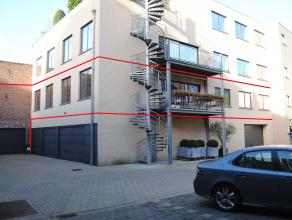 """Ruime instapklare loft met een bewoonbare oppervlakte van maar liefst 225m² in de residentie """"Leet en loft"""". <br /> Gelegen in het stadscentrum v"""