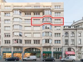 Dit te renoveren appartement is gelegen in de Hendrik Serruyslaan vlakbij het Leopoldpark te midden van handelszaken, openbaar vervoer, culturele acti