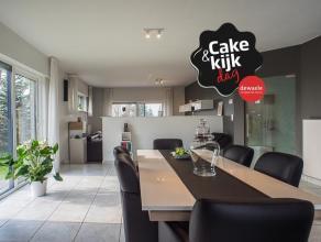 VAN HARTE WELKOM OP DE CAKE EN KIJKDAG 21/05 TUSSEN 10U00 EN 11u00!<br /> <br /> Deze moderne villa in de Vlaamse Ardennen ligt in een rustige straat