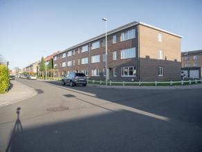 Gerenoveerd appartement met 2 slaapkamers en een garagebox nabij het centrum van Sint-Kruis en vlotte verbinding naar het centrum van Brugge. Het appa