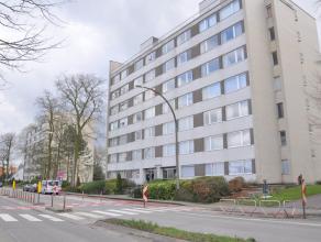 """Ruim appartement in residentie """"De Maretak"""" met 3 slaapkamers, ondergrondse staanplaats en zonnig terras. Dit appartement geniet van een vlot bereikba"""