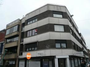 Ruim en gezellig appartement in hartje Roeselare met uitkijk op de Noordstraat.<br /> <br /> Dit knusse appartement bevat:<br /> ruime living - volled