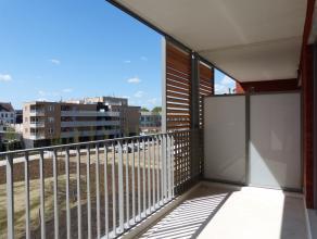 Dit kwalitatief afgewerkt en volledig instapklaar appartement situeert zich vlakbij het nieuwbouwproject van Dok Noord. De ideale combinatie van wonen