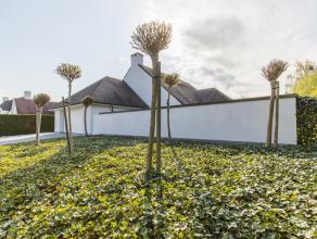 Deze Parel is gelegen in een residentiële omgeving en werd gebouw met oog tot optimaal wooncomfort. Modern exterieur en perfect onderhouden tuin