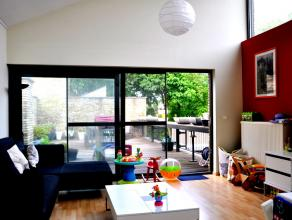 Woning met 3 slaapkamers, tuin en prachtig terras in 't Pandreitje.<br /> <br /> Indeling:<br /> Glv: Inkomhal met vestiaire - slaapkamer 1 met ingebo