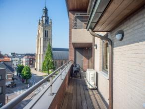 Dit appartement biedt een zee van ruimte, de bewoonbare oppervlakte is +/- 145 m² exclusief de 2 terrassen van +/- 35 m². Het appartement be