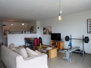 Dit appartement in residentie Adoria met 2 slaapkamers heeft een zuid-westgericht terras. Deze moderne en stijlvolle residentie is ideaal gelegen dank