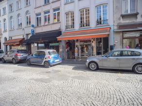 Commercieel en toeristisch gelegen handelsgelijkvloers in het centrum van Brugge.<br /> <br /> Indeling:<br /> Handelsgelijkvloers (ca. 100m²) be