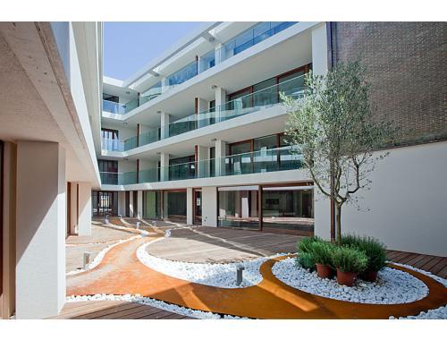 Appartement te huur in Brugge, € 825