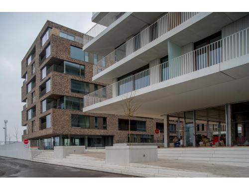 Appartement te huur in Brugge, € 700