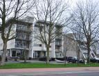 Ruim appartement op 2°V met 2 slaapkamers en terras met zicht op Sint-Pietersplas.<br /> <br /> Indeling:<br /> 2°V: Inkomhal met gastentoilet