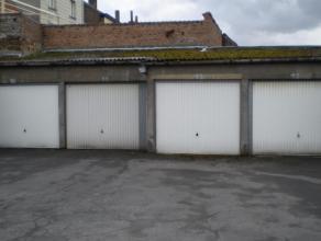 Gesloten garagebox nr 11 op een centrale ligging in de werkhuisstraat te Brugge.