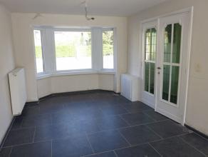 2 SLAAPKAMER WONING met zuidgericht terras en tuin, top gerenoveerd, nieuw ingerichte open keuken en badkamer met ligbad en lavabomeubel, wasplaats, g