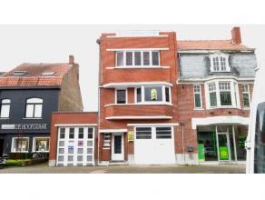 Deze ruime woning werd recent volledig vernieuwd en herschilderd en heeft een ideale ligging in Sint-Andries, vlakbij het centrum van Brugge. De woons