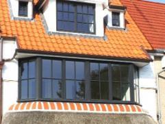 Prachtige nieuwbouwwoning vlakbij het centrum van het bruisende Knokke. Deze bel-étage is verrassend ruim en voorzien van een zeer grote, zuid-