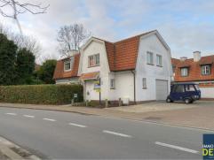 Prachtige ongemeubelde villa met 4 slaapkamers en een inpandige garage, rustig gelegen vlakbij de Kalfsmolen en het Koningsbos. INDELING: gelijkvloers
