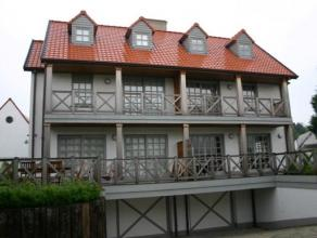 Charmante koppelvilla in het hartje van het oude Knokke.De tuin is georiënteerd naar het zuiden en belooft u kalmte en rust.