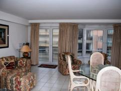 Appartement (gemeubeld) gelegen in een zijstraat van de Zeedijk dicht bij het Casino. met ruime woonkamer met balkon, ingerichte keuken, 2 slaapkamers