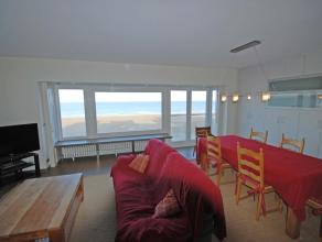Appartement met 6 m gevelbreedte op de Zeedijk, woonkamer met open keuken (volledig ingericht), 3 slaapkamers, badkamer met wasmachine, douche, 2 toil