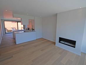 Stijlvol mooi afgewerkt ruim nieuwbouw appartement in Duinbergen op de 2e verdieping, woonkamer met zonneterras, open keuken eetkamer met terras, 2 ru