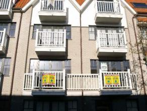 - Nieuwbouw nabij Jachthaven- Gelegen op 1ste verdieping- terras en berging aanwezig- kelder en 2 fietshaken beschikbaar- Parking mogelijk bij te hure