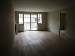 - appartement 1ste verdiep- nabij jachthaven Zeebrugge- balkon- syndickosten euro 50/maand- Parking euro 50/maand- kelder aanwezig