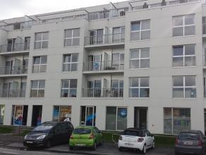 Goedgelegen instapklare geschakelde kantoorruimtes (104 m² en 80m²) op een mooie locatie nabij de ring rond Brugge (Dampoort) met zicht op d