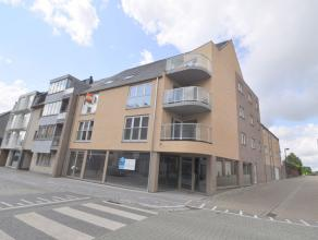 Dit nieuwbouw handelspand / kantoor, bouwjaar 2014, heeft een oppervlakte van 119m² en is gelegen in het centrum van Aalter. Het hoekpand op een