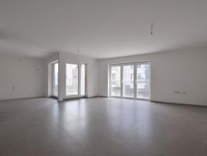 Dit mooi en instapklaar nieuwbouwappartement (87m²) is gelegen op de 1°V. van residentie Evita in het centrum van Aalter, op wandelafstand va