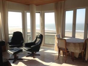 Zonnig hoekappartement op de zeedijk met 2 ruime slaapkamers. Dit appartement op de zesde verdieping biedt u prachtig zeezicht en bevindt zich vlak bi