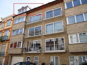 """TE HUUR OP JAARBASIS Residentie """"Zeeaster"""" Duplex - appartement met 3 slpk., 2 badk., terras en private kelder. Centraal gelegen, vlakbij de Grote Mar"""