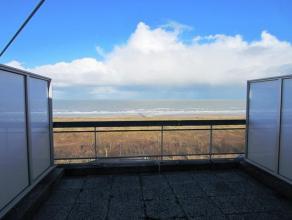 """Residentie """"Neptunus"""": Gemeubileerde dakstudio met prachtig uitgestrekt ZICHT OP ZEE en HINTERLAND. Deze standingvolle residentie is gelegen rechtover"""