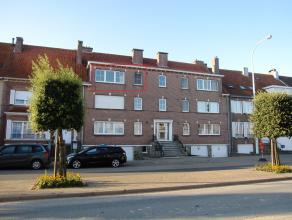 TE HUUR OP JAARBASISLichtrijk, ruim appartement met 2 slaapkamers en zonnig terrasDit appartement is gelegen op de 2° verdieping van een residenti