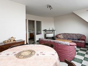 NIEUWPOORT Residentie Deauville Appartement met 2 slaapkamers Rustig gelegen maar toch op enkele passen van het centrum en de Zeedijk. Het gebouw is i