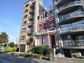 Een statig burgershuis met prachtig parkzicht op residentiële ligging - vlakbij zee en centrum - grote woonvertrekken - geschikt als woonst, vrij