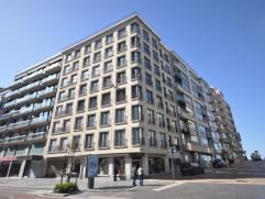Een volledig gerenoveerd appartement met lateraal zeezicht - in volle historisch centrum Oostende - 60 m² woonoppervlakte - 5° verdieping - i