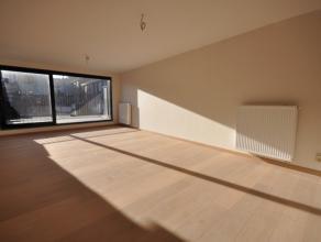 Doorzon nieuwbouwappartement Residentie DE RUYTER op 1°verdieping - investeer vandaag in moderne architectuur met duurzame afwerking.  Ruim lich