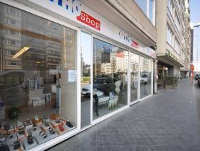 Centraal gelegen handelsgelijkvloers - 400 m² winkeloppervlakte - 10m etalage - op enkele stappen van commercieel centrum, Casino, Marie-Jos&eacu
