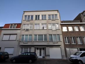 Een groot appartement op rustige locatie nabij centrum Oostende - 1° verdieping zonder lift - grote living van 45 m² - aparte ingerichte keuk
