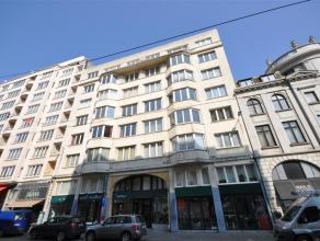 Karaktervol appartement anno 1938 - centrumlocatie nabij Leopoldpark en winkelstraten - 7° verdieping rechts- 145m² woonoppervlakte.  Ruime