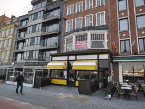 """Handelsgelijkvloers +/- 100 m² + eerste verdieping +/- 60m² - actueel restaurantuitbating """"FLANDRIA"""" - terrasmogelijkheid - uniek zicht op v"""