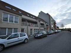 Recent en ruim duplex appartement op Vuurtorenwijk te Oostende - inkomhal met apart toilet - living 32 m² met veel licht- en zoninval - aansluite