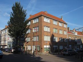 Volledig gerenoveerd appartement gelegen in de Vuurtorenwijk. Er is een ruime living met heel veel lichtinval. Ruime leefkeuken die volledig ingericht