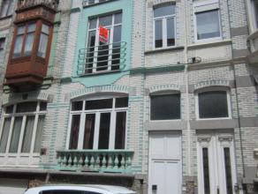 Mooi gerenoveerd 1 slaapkamer appartement in Belle Epoquewijk. Ruime living met open ingerichte keuken. Veel lichtinval. Badkamer met douche. Geen lif